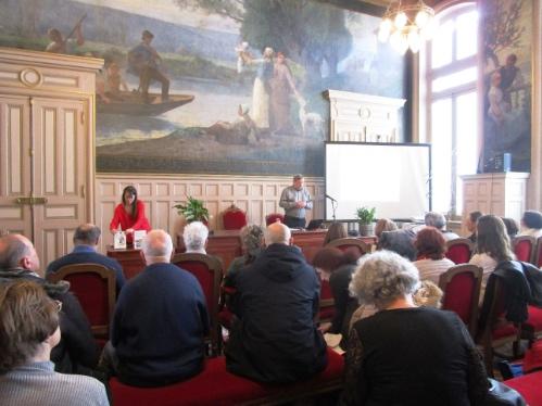 Conférence de Marcel Fournier au Salon de la Généalogie de la mairie du 15e arrondissement de Paris le 6 mars 2018.