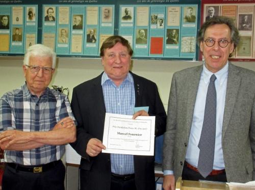 De g. à d. Pierre Ducharme, représentant du jury, Marcel Fournier et Richard Masson