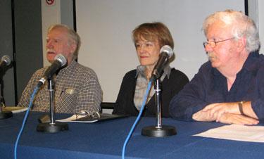 De g. à d. Jean-yves Papineau, Micheline Lachance, Georges Aubin